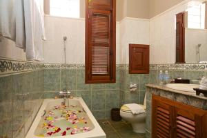 HanumanAlaya Colonial House, Hotels  Siem Reap - big - 5