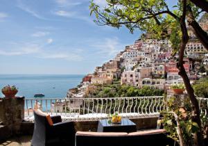 Villa Donna Rosa - AbcAlberghi.com