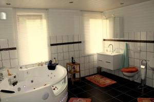 Haus Veni, Appartamenti  Bad Grund - big - 25
