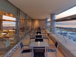 Twin Hilton Executive Room with Access to Executive Lounge