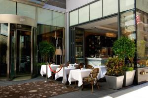 Hilton Garden Inn Central Park South, Hotely  New York - big - 39