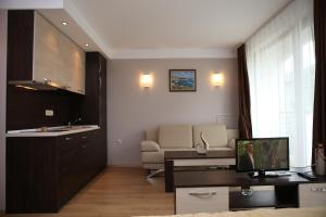 Harmony Palace, Aparthotely  Slunečné pobřeží - big - 4