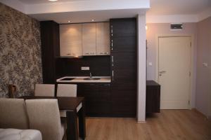 Harmony Palace, Aparthotely  Slunečné pobřeží - big - 9