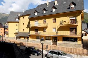 Somni Aranès, Apartments  Vielha - big - 1