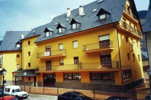 Somni Aranès, Apartments  Vielha - big - 6
