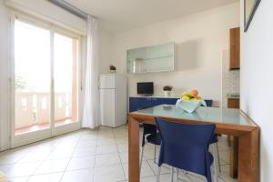 Residence Shakespeare, Apartmány  Lignano Sabbiadoro - big - 11