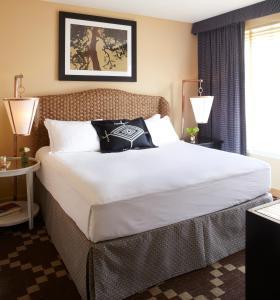 Marina View One Bedroom Suite