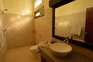 Banyualit Spa 'n Resort Lovina, Resort  Lovina - big - 26