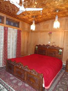 Houseboat Moon of Kashmir, Ботели  Сринагар - big - 3