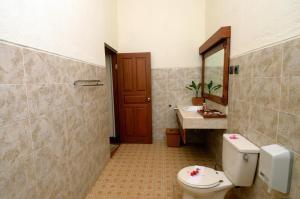 Banyualit Spa 'n Resort Lovina, Resort  Lovina - big - 20
