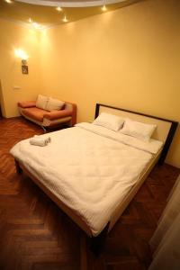 RomanticApartaments ,TWO BEDROOM, Apartmány  Ľvov - big - 16