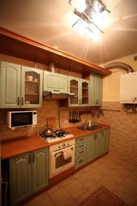 RomanticApartaments ,TWO BEDROOM, Apartmány  Ľvov - big - 17