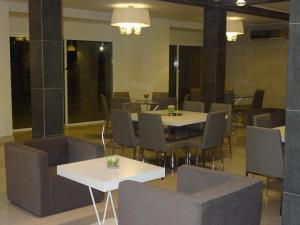 The Hub Hotel, Hotels  Freetown - big - 13