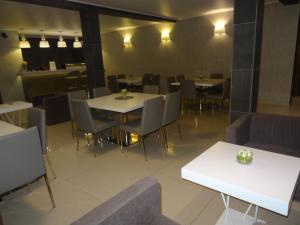 The Hub Hotel, Hotels  Freetown - big - 26