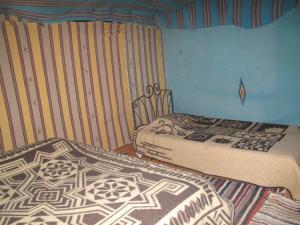 Marhaba Camp, Camel & Sandboarding, Luxury tents  Merzouga - big - 9