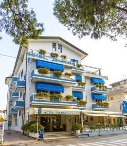 Hotel Touring, Hotels  Lido di Jesolo - big - 68