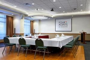 Four Points by Sheraton Vancouver Airport, Hotels  Richmond - big - 19
