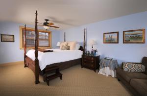Garden King Suite