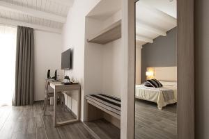 Palazzo Ducale Suites, Panziók  Monreale - big - 22