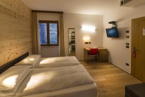 Ambienthotel PrimaLuna, Hotely  Malcesine - big - 8