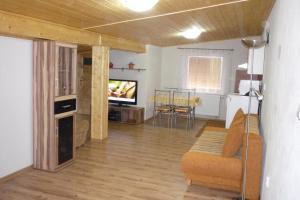 Penzion Tatry, Appartamenti  Veľká Lomnica - big - 15