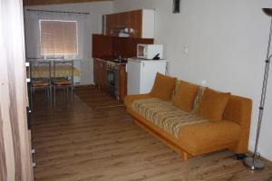 Penzion Tatry, Appartamenti  Veľká Lomnica - big - 16