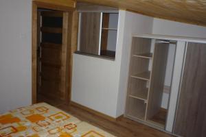 Penzion Tatry, Appartamenti  Veľká Lomnica - big - 20