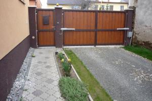 Penzion Tatry, Appartamenti  Veľká Lomnica - big - 33