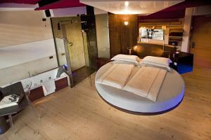 Ambienthotel PrimaLuna, Hotely  Malcesine - big - 18