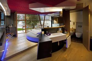 Ambienthotel PrimaLuna, Hotely  Malcesine - big - 19