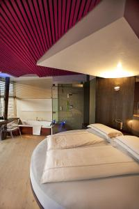 Ambienthotel PrimaLuna, Hotely  Malcesine - big - 20