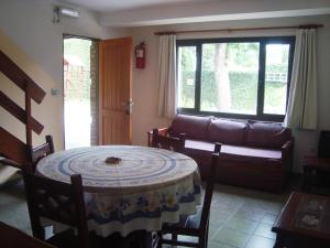 Complejo Vacacional Sol y Lago, Horské chaty  Villa Carlos Paz - big - 8