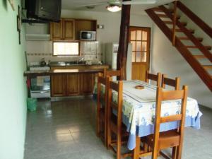 Complejo Vacacional Sol y Lago, Horské chaty  Villa Carlos Paz - big - 9