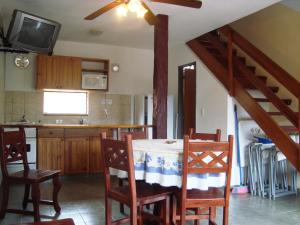 Complejo Vacacional Sol y Lago, Horské chaty  Villa Carlos Paz - big - 10