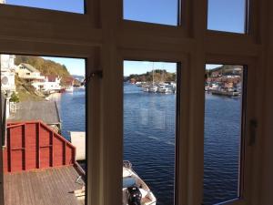 Olsahuset Bømlo, Hostely  Bømlo - big - 15