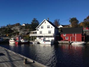 Olsahuset Bømlo, Hostely  Bømlo - big - 5