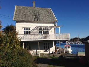 Olsahuset Bømlo, Hostely  Bømlo - big - 7