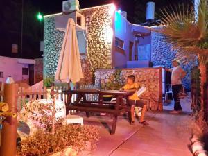 Aloni Neve Zohar Dead Sea, Appartamenti  Neve Zohar - big - 17