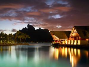 Four Seasons Resort Bora Bora, Resort  Bora Bora - big - 50