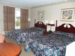 Double Room wtih Two Double Beds - Smoking