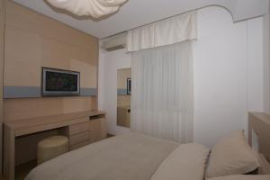 Hotel Saraceno, Отели  Морской Милан - big - 32