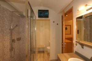 Hotel Saraceno, Отели  Морской Милан - big - 31
