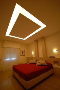 Hotel Saraceno, Отели  Морской Милан - big - 30