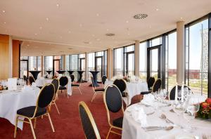 Hotel Hafen Hamburg (12 of 41)