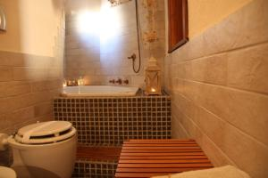 B&B Gildo Trani, Bed and Breakfasts  Trani - big - 19