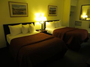 Double Room with Two Double Beds - Main Floor