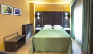 Hotel Gran Via, Szállodák  Zaragoza - big - 20