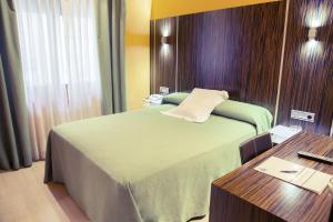 Hotel Gran Via, Szállodák  Zaragoza - big - 13
