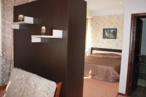 Гостиница Лаети Жайык, Отели  Атырау - big - 10