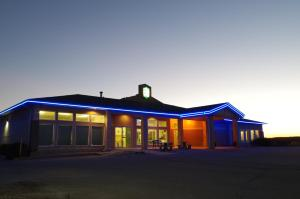Bay Hill Inns & Suites, Fogadók  Neepawa - big - 22